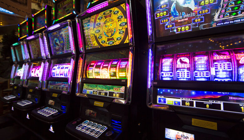 Playing Mobile Slots for Free and Real Money